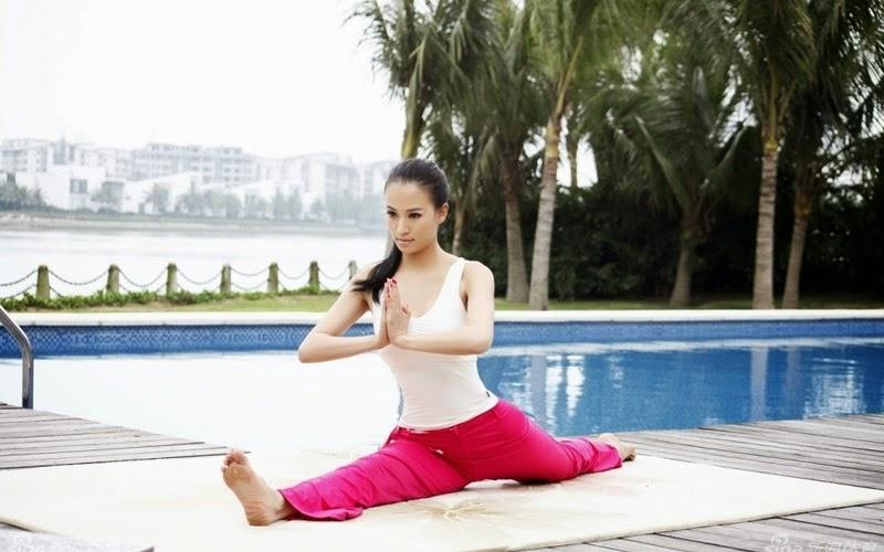 Điều trị thoái hóa đốt sống cổ bằng 6 bài tập Yoga đơn giản