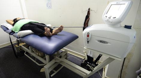 kéo giãn cột sống lưng tại phục hồi chức năng hữu nhân
