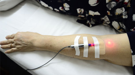 phương pháp laser nội mạch tại phục hồi chức năng hữu nhân