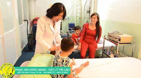 bác sĩ trung tâm phục hồi chức năng hữu nhân