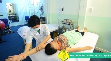 Tầm quan trọng của vật lý trị liệu cho người bị tai biến