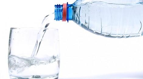 uống nước chữa đau đầu
