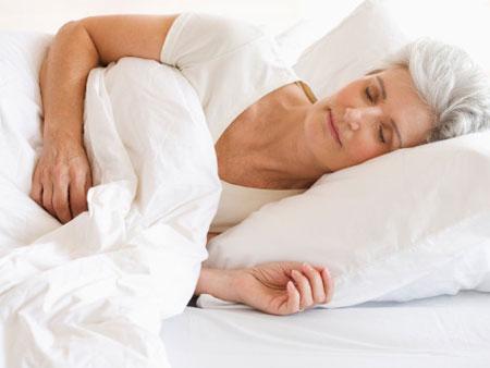 Điều trị chứng mất ngủ kịp thời để bảo vệ sức khỏe và chất lượng công việc