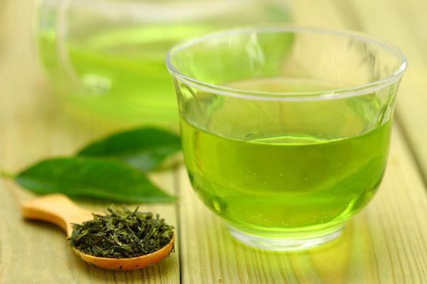 Trong trà xanh có chứa nhiều hoạt chất ngăn ngừa ung thư.