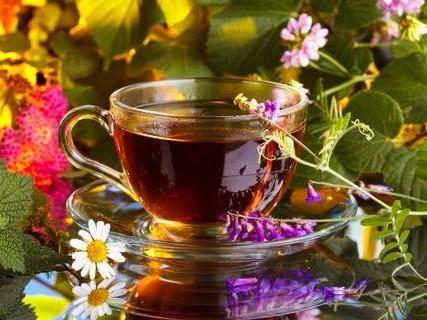 trà thảo mộc làm đẹp